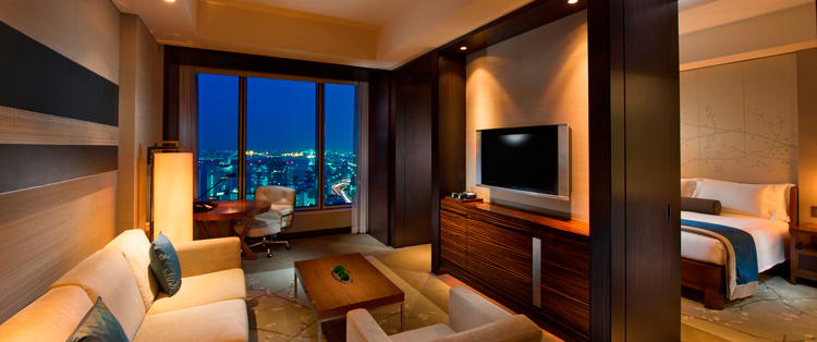 room_bay_view_suite_01